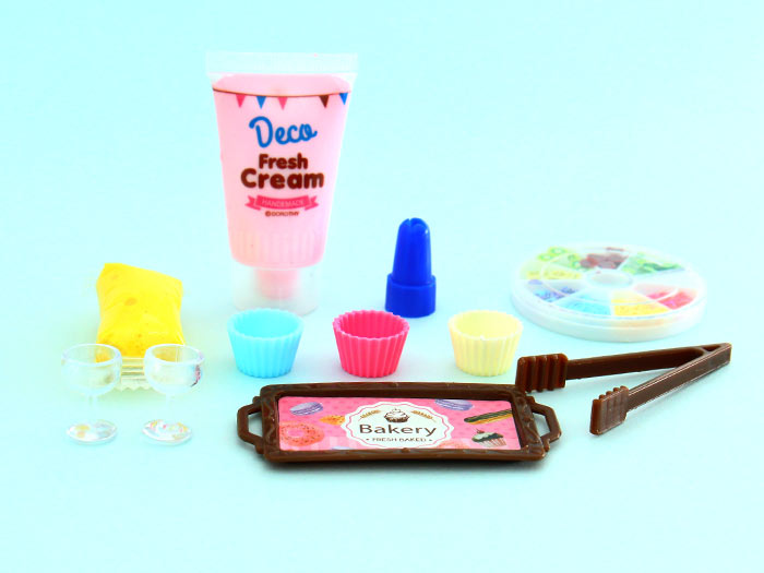 DIY Whipped Cream Cupcake Kit